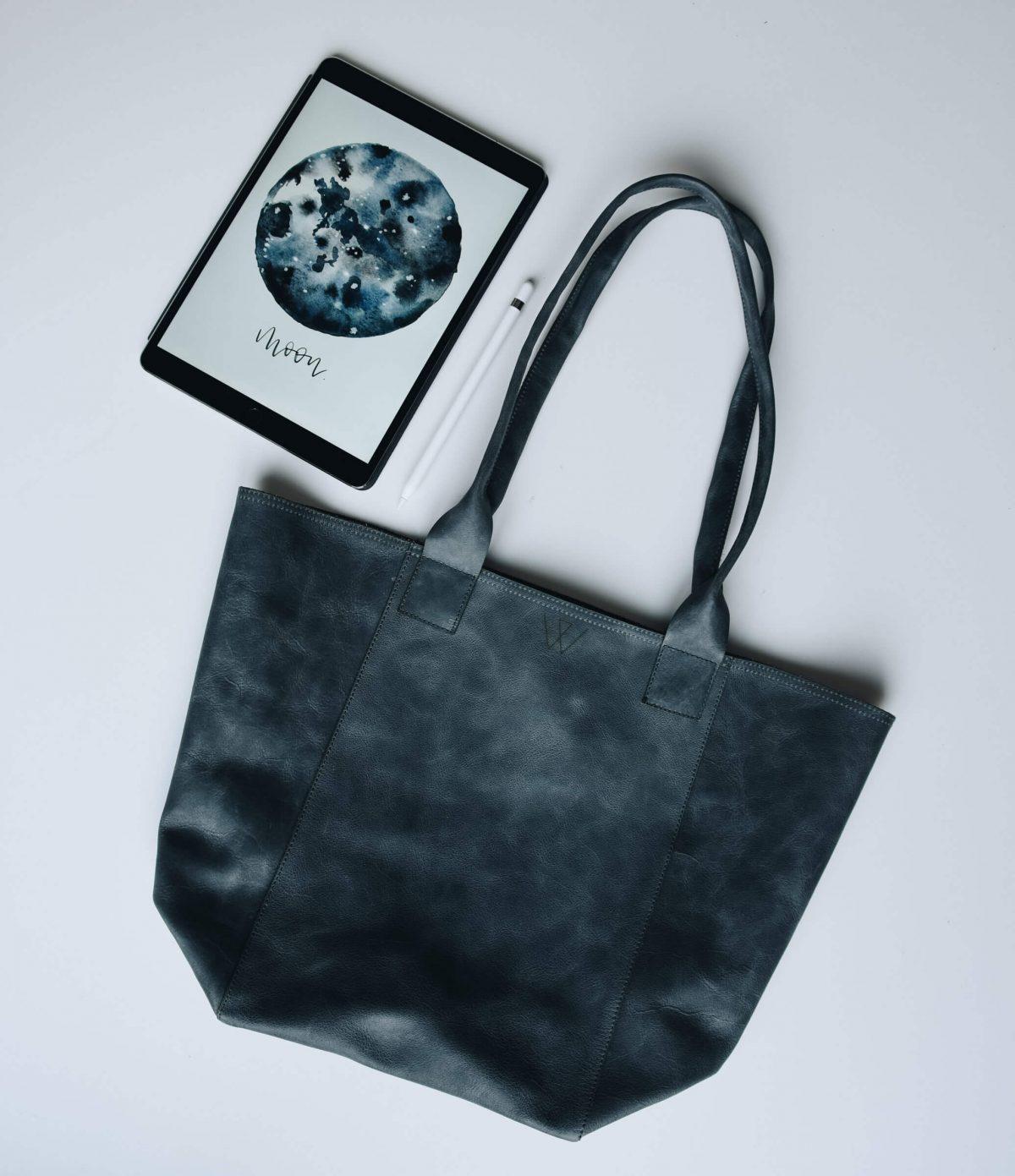 Shopping Bag | Tasche | Made in Germany | Ledertasche | Reisetasche | Tasche aus Leder | schlicht | Dandtasche Leder | Handtasche kaufen | blau | Blaugrau | hochwertig | gute Qualität