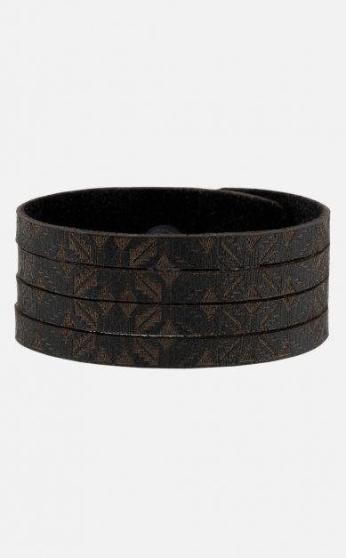 Armband Echtleder schwarz, Schlitze, Gravur
