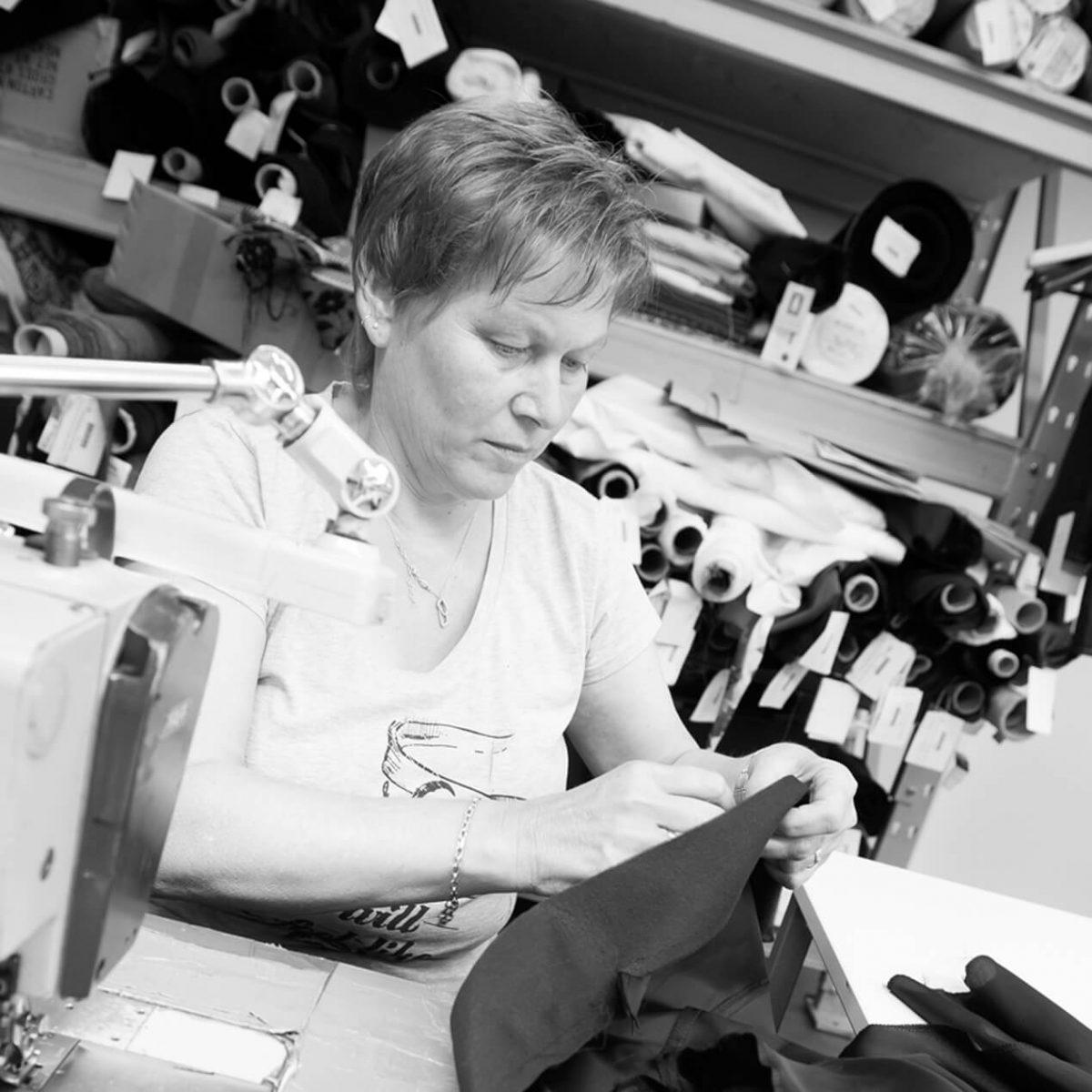 In der Manufaktur, Arbeitsalltag, Wunschleder