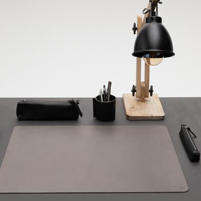 Bürozubehör Leder| Büroausstattung Leder| Schreibwaren Leder | Büroequipment Leder| Wunschleder